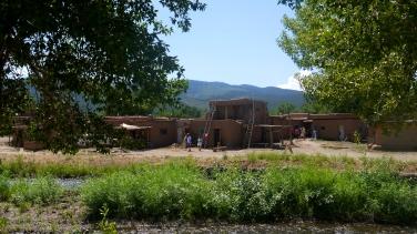 TaosPueblo2
